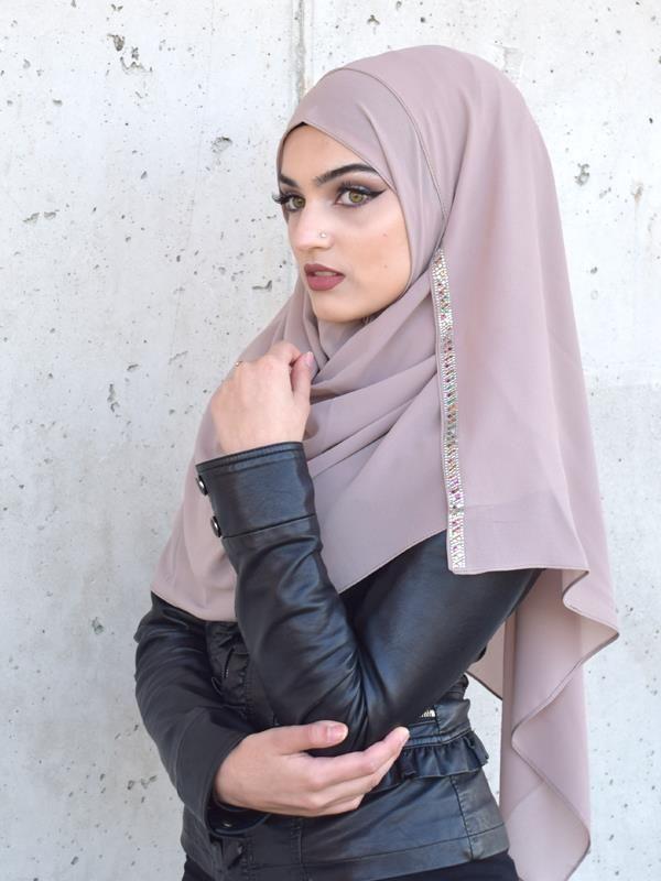 Islamische abendkleider mit kopfbedeckung